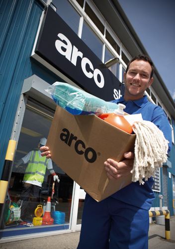 Happy Customer leaving ARCO in Hull